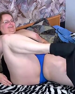 Oldnanny Big mature and her young friend with strapon