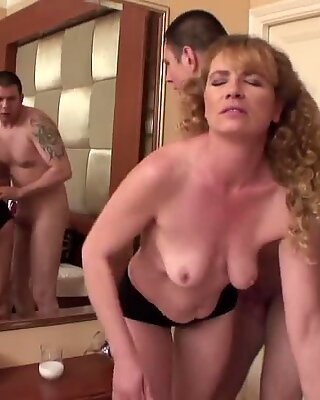 Mature Wife Liz Fucked
