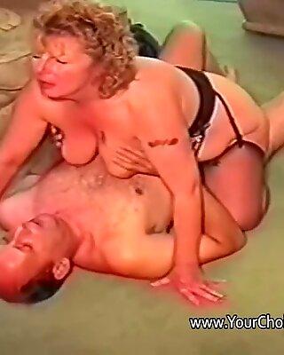旧夫妇自然性爱电影