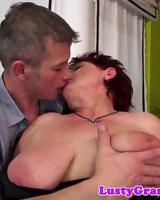 Fat granny loves getting pussyfucked