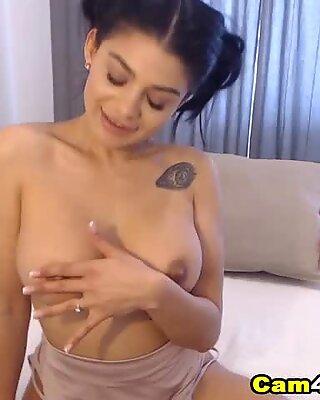 Pretty Dream Babe From Spain With Nice Rack Masturbates