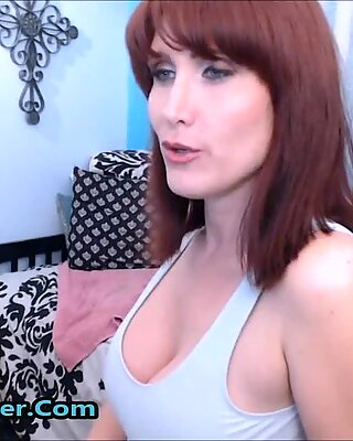 Horny Wet And Nasty Squirting Brunette Mommy