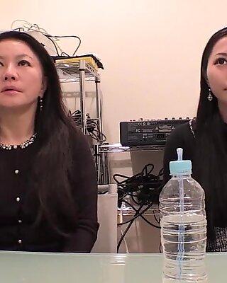 Юи Ябуки и Тихару Ябуки :: мать и дочь 1