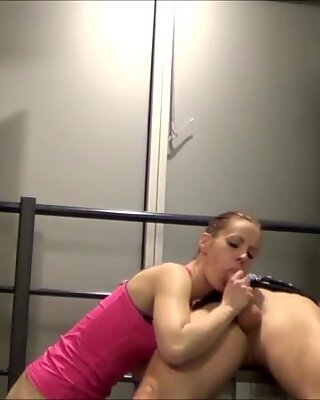 Scandal Fuck directly in Fitness Gym - German Teen Couple