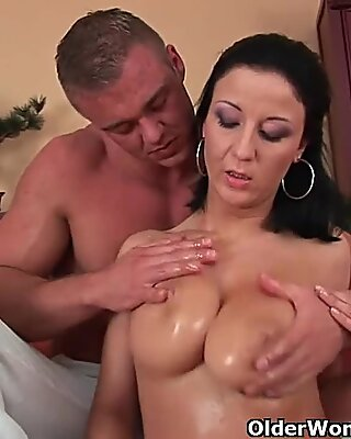 Soccer mom with big tits gets drilled on the couch