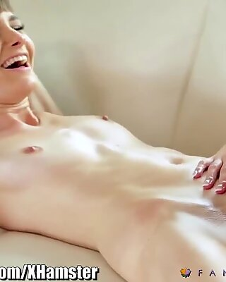 FantasyMassage Full Treatment Lesbian 69 Massage
