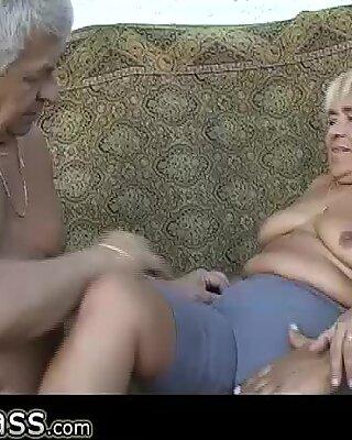 Omapass два старика трахают очень старую ббв бабуля