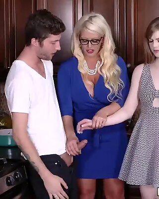 Old step mom and tries womanassociate Dolly  ?s stepmom, Alura Jenplayfellow s son notices