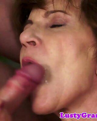 Bigtits grandma sucking cock on her knees