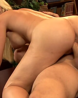 Blonde sweet ass babe gets fucked real rough