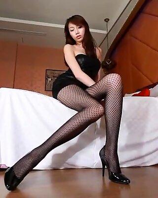 Азиатское девушки - не порно фото сессия