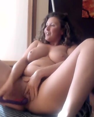 round dark haired Camgirl Can't Stop splooging!