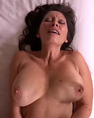 ass fucking porking ample Natural Tits Cougar
