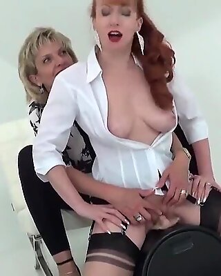 Unfaithful english milf lady sonia displays her giant hooters