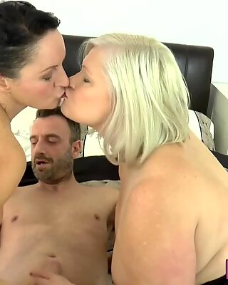 Lacey Starr gran in 3way