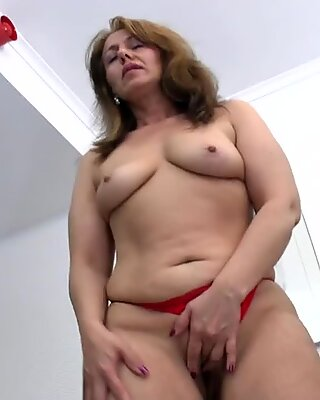 Hot amateur aunty and her old cunt