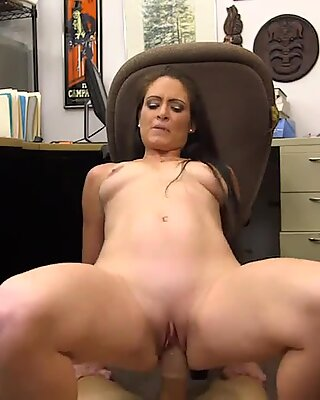 Ex dominatrix gets pounded by pawn dude at the pawnshop