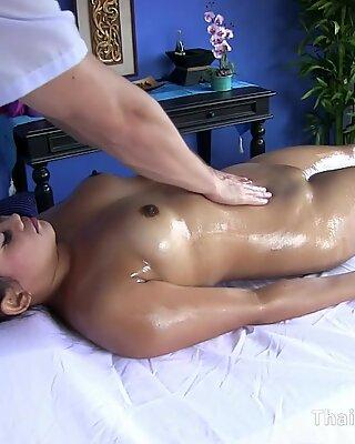 Masseuse Gets Frisky and Fucks a Chubby Thai Girl