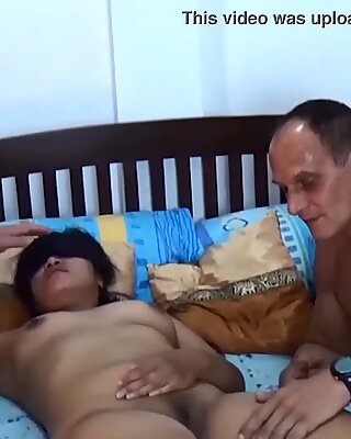 Real amateur asian wife tries threesome sex