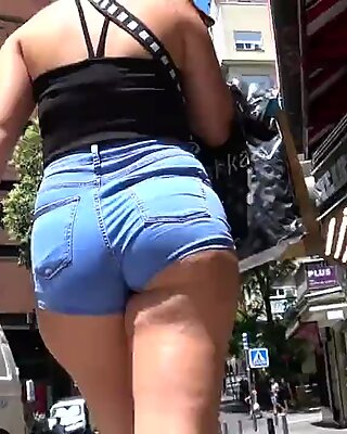 CANDID ASSES BIG BOOTY PAWGs CANDID VOYEUR
