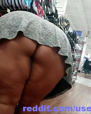 Upskirt Granny Mature no nudity teasing Cellulite thighs ass