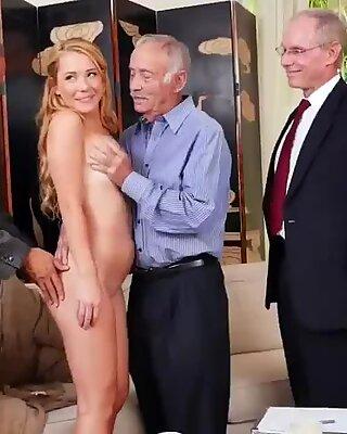 奶奶大乳房肛门xxx frannkie和帮派标记团队的门到门女售货员-雷林安